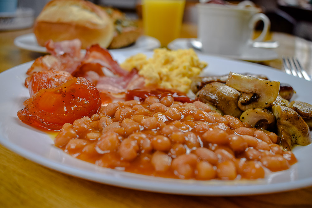 English Breakfast im Marples in der alten Mühle